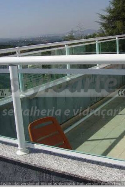 Guarda Corpo de Alumínio e Vidro - Serralheria Itaquera