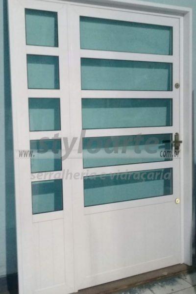 Portas elegantes de alumínio - Itaquera